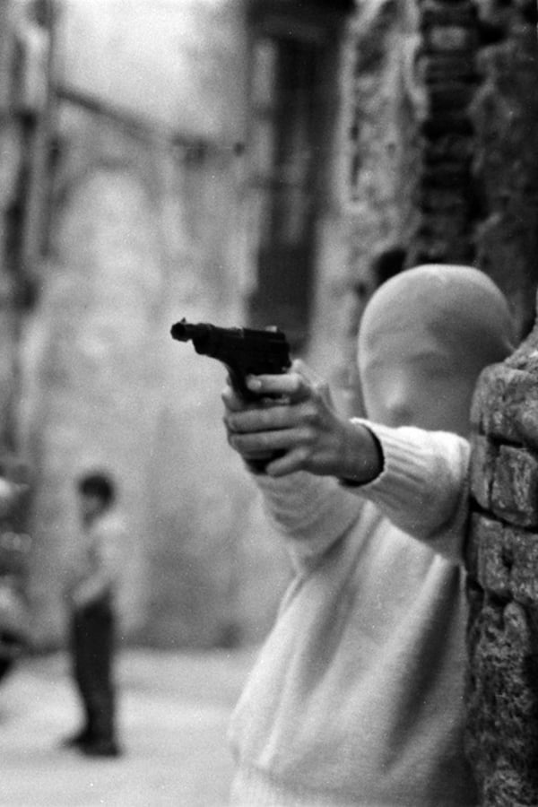 Shooting the Mafia. Director: Kim Longinotto