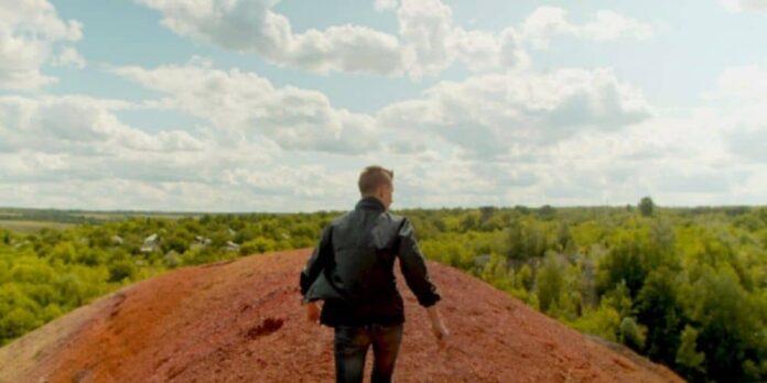 Expedition 49, a film by Alisa Kovalenko