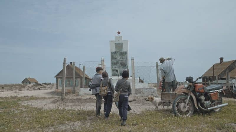 Ostrov - Lost Island, a film by Svetlana Rodina & Laurent Stoop