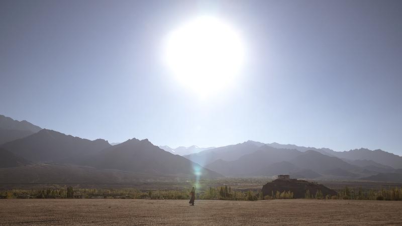 Echoes of the Invisible, ein Film von Steve Elkins